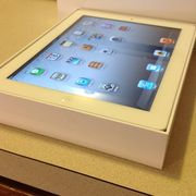 Apple iPad 2 16GB,  Wi-Fi,  9.7in - Skype = laurene.humphries